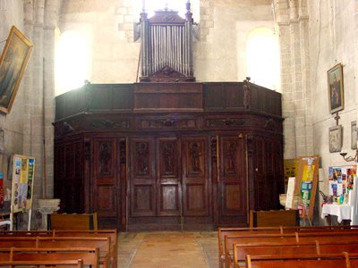 eglise_interieur.jpg